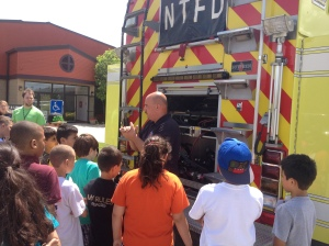 Norwich Township Fire Department visits a Hilliard Free Summer Lunch for Kids site
